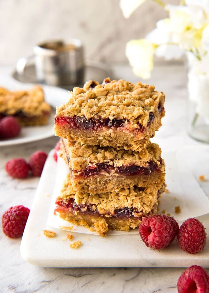 An oatmeal biscuit base, raspberry jam filling and crumbly topping, these Raspberry Bars are one of the fastest bars to make from…