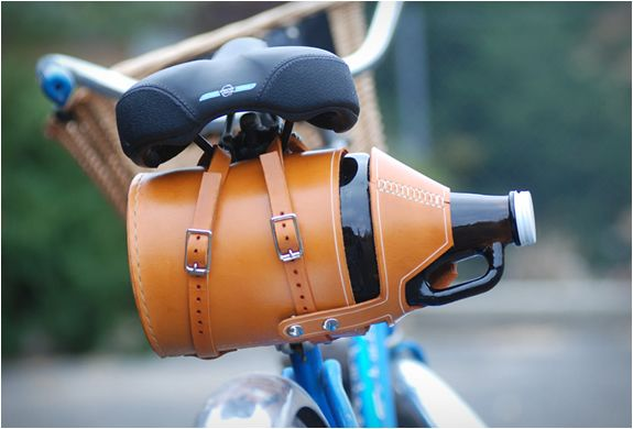 LEATHER BIKE GROWLER CARRIER OK I want this!!!  Seriously!