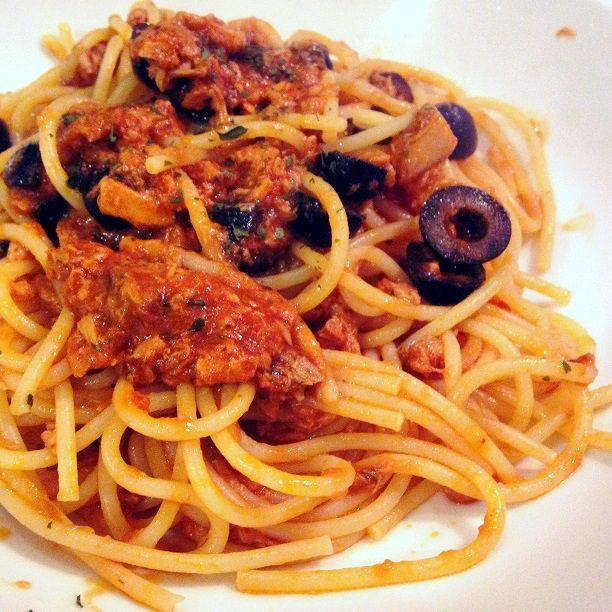 La #ricetta di questa settimana: Bucatini al sapore di mare con Alto Adige #spumante http://buff.ly/2jP6nIZ #vino #wine #recipe