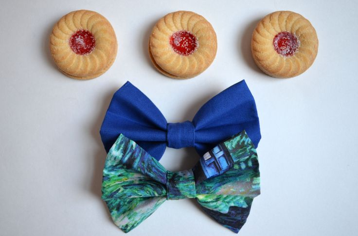 The #DoctorWho inspired Stitch in Time #HairBow / #BowTie Set