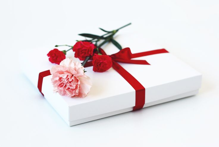 Have you already wrapped all presents? #lebaiser #prezent #gift #pomysłnaprezent #lace #koronka #fashion #handmade #handmadewithlove #handmadeisbetter #beautiful #romantic #instafashion #instastyle #bestoftheday #picoftheday #lacelover #elegantpacking #Christmas #alliwantforchristmas #christmastime #underwear #bielizna #lingerie #christmasgift #christmaspresent #flowers #christmaspacking #wrappingpresents #bestpresent