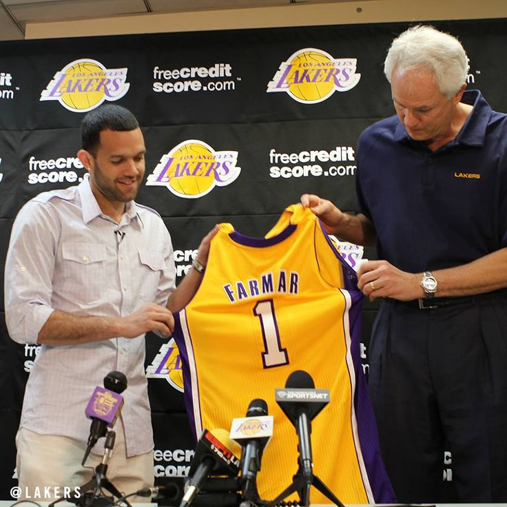 ICYMI: The Lakers officially welcomed back Jordan Farmar today - http://on.nba.c... - http://hoopsternation.com/?p=22811