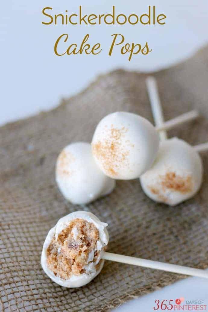Bei den Snickerdoodle Cake Pops dreht sich alles um die …   – Süßigkeiten