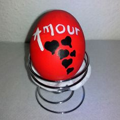 Oeuf messager rouge amour blanc saint valentin