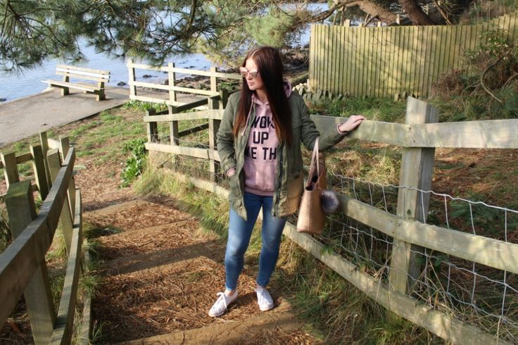 The Fail-safe Casual Sunday Outfit - Pink Hoodie & Converse