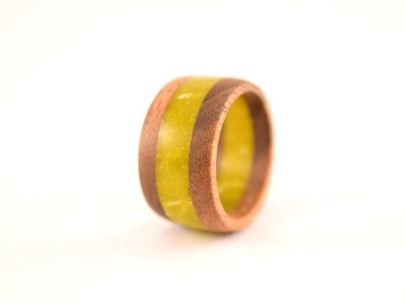 Walnut wood ring with lizard stone by WoodenJewelryArt on Etsy