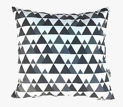 Cushions // Mountains - Pom le bonhomme