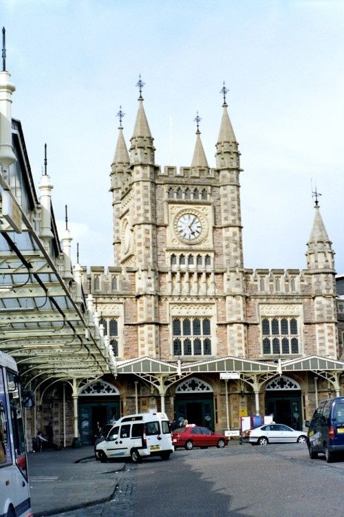 """Bristol - Temple Meads Station"" by Anna Chaleva at PicturesofEngland.com"