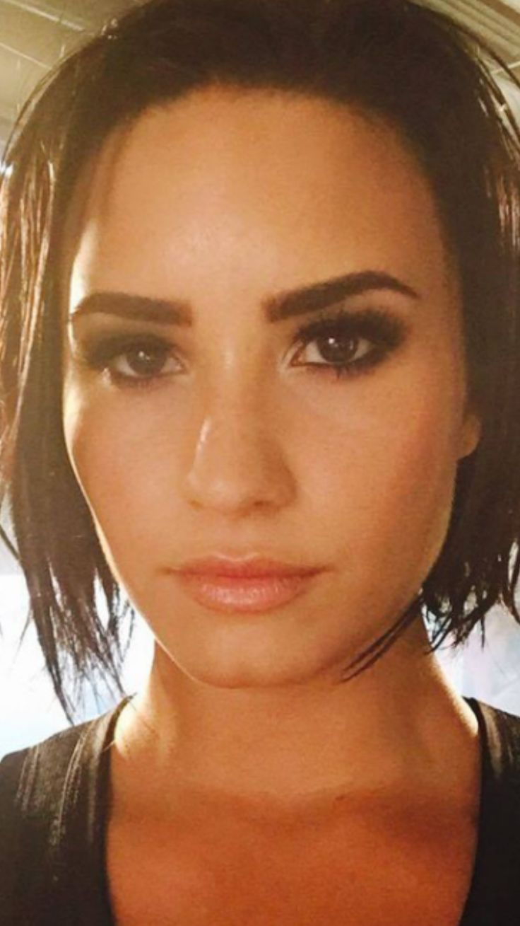 Demi lovato nose piercing which side   best Demi lovato images on Pinterest  Artists Celebrities and