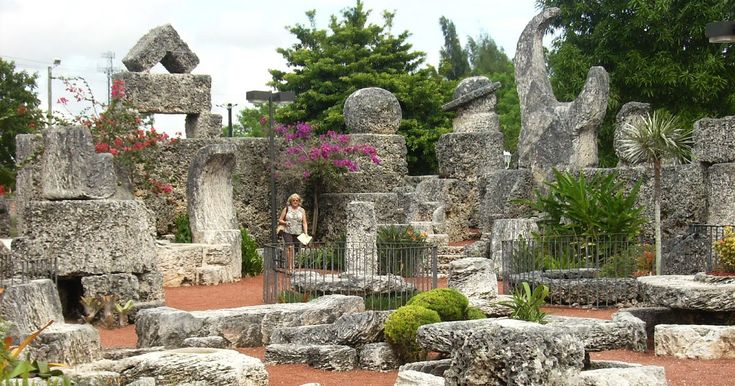 If you are looking for a fun place to visit in South Florida, I highly recommend the Coral Castle .  Located just south of Miami, the Cora...
