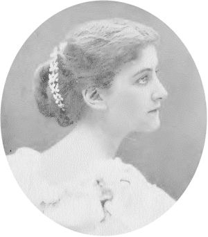 American Heiress MARY VICTORIA LEITER - whose father founded Marshall Fields - married GEORGE CURZON, 1ST MARQUESS CURZON OF KEDLESTON. His 2nd wife - Grace Hinds - was also an American.