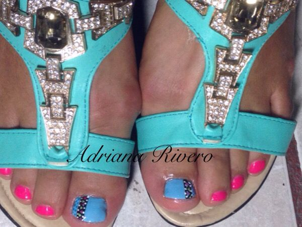 #laquerevolution #handpainted #blue #neonpink #fridakhalo #foot #toe #tribal
