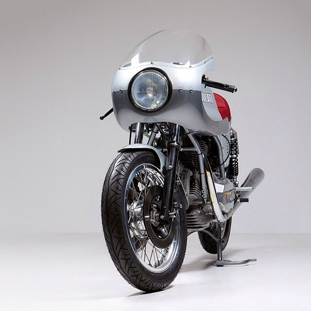 In the sleepy English country town of Stowmarket you'll find one of the world's top Ducati specialists: Made In Italy Motorcycles. This 860 GT was built for a Monaco-based client, who loved his bike but hated its styling. The angular lines are now...
