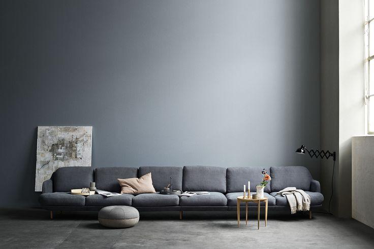 Stunning 6-seater Lune™ in indigo colour