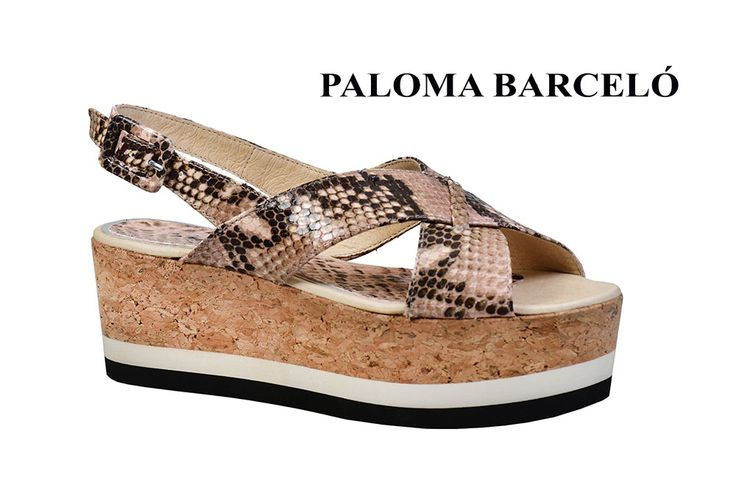 Snake sking, whit sole and cork... in the ultimate trend setter pair of Paloma Barcelo! Shop your unique pair of style in Thessaloniki in Galleria Di Scarpe.