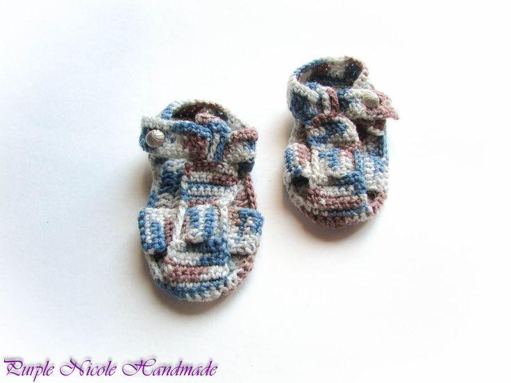 Fluffy Bricks - Handmade Crochet Children Bootees - Sandals by Purple Nicole (Nicole Cea Mov). Materials: white, blue, dusty pink