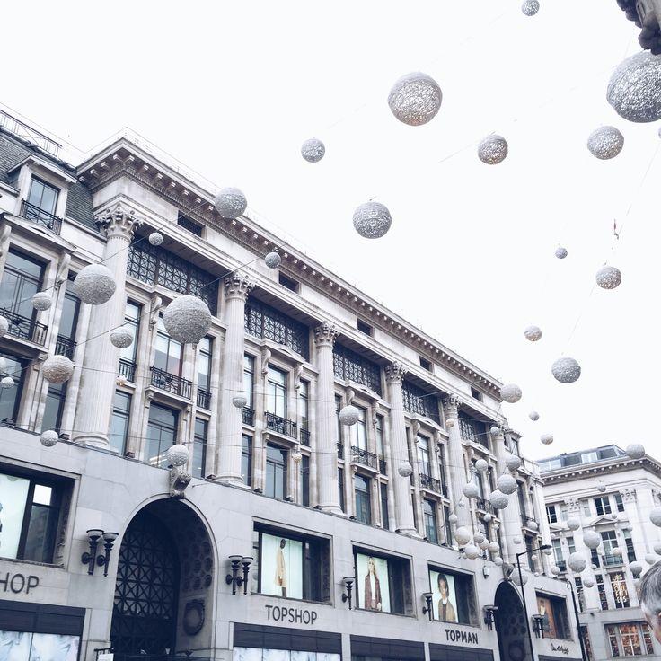 Oxford Street, London ♡ @bella_luciani #london #oxfordstreet