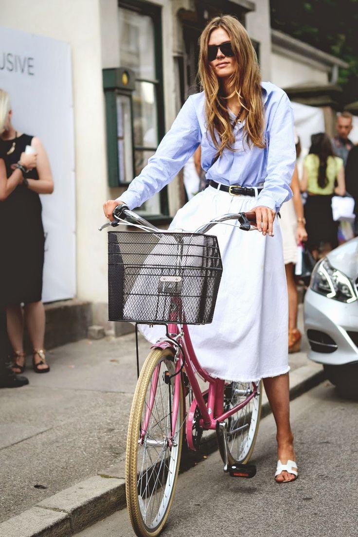midi skirt + shirt = love!