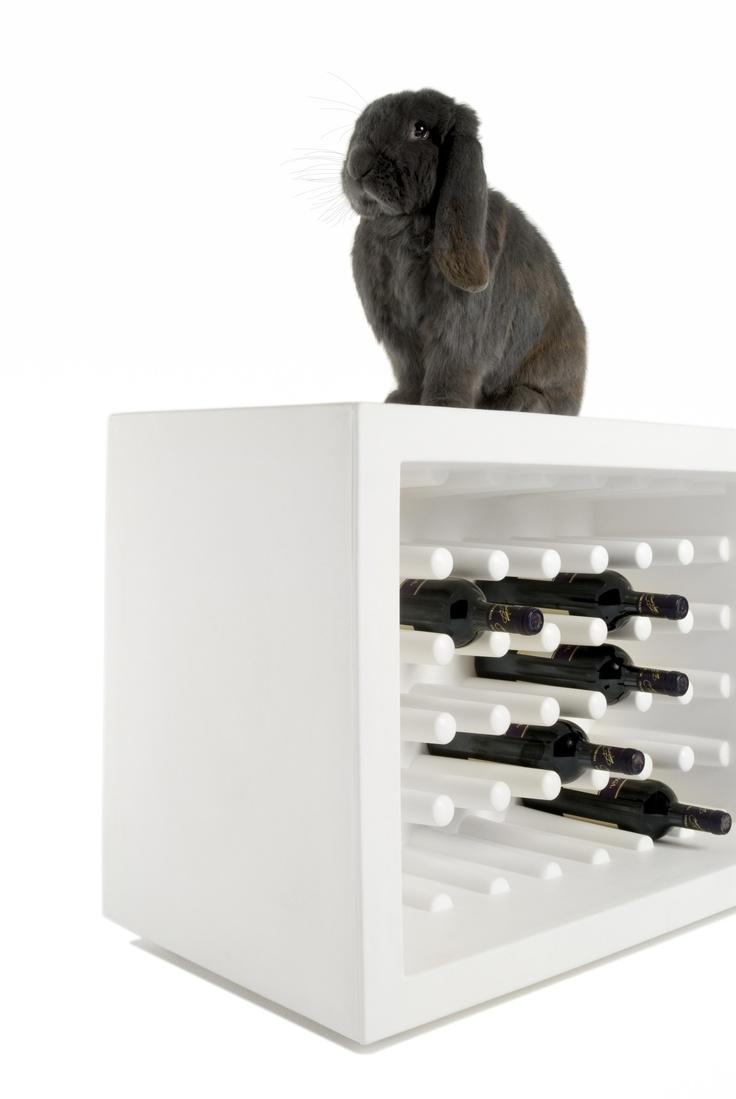 BACHUS bottle holder, design by Marcel Wanders