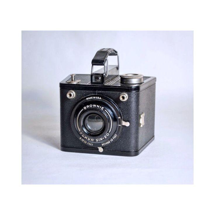 Vintage 1930's Kodak Brownie flash camera