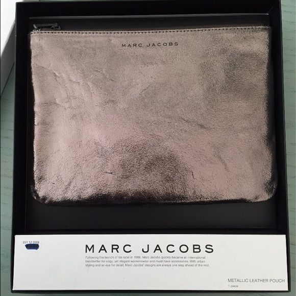 Pink metallic Marc Jacobs clutch Gorge metallic pink clutch bag from Marc Jacobs/The bag is still in it's box Marc Jacobs Bags Clutches & Wristlets