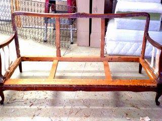 Kicsi Ház: Kanapé kárpitozás  Sofa re-upholstery part two