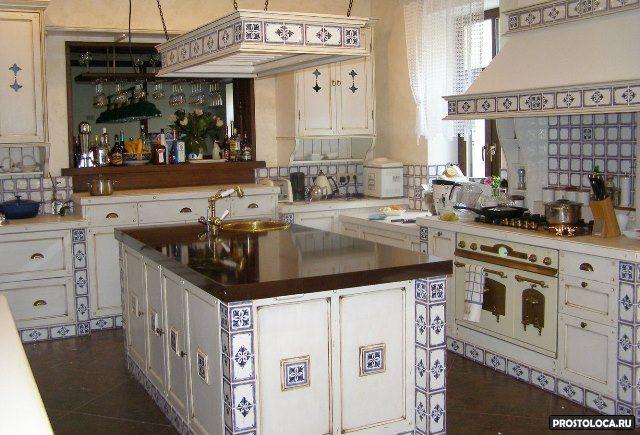 кухня с керамикой в средиземноморском стиле - Поиск в Google