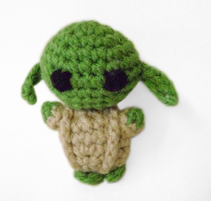 Pocket Yoda Star Wars Tiny Green Crochet Cute Movie - pinned by pin4etsy.com