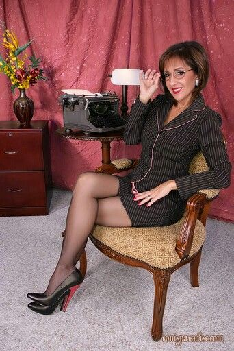paradis milf women Explore dontheorist's board milf paradise ) women and funny pics.
