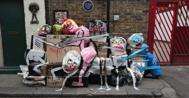 Te leuk: Kunstenaar uit Londen tovert vuilnis om tot grappige kunst | NSMBL.nl