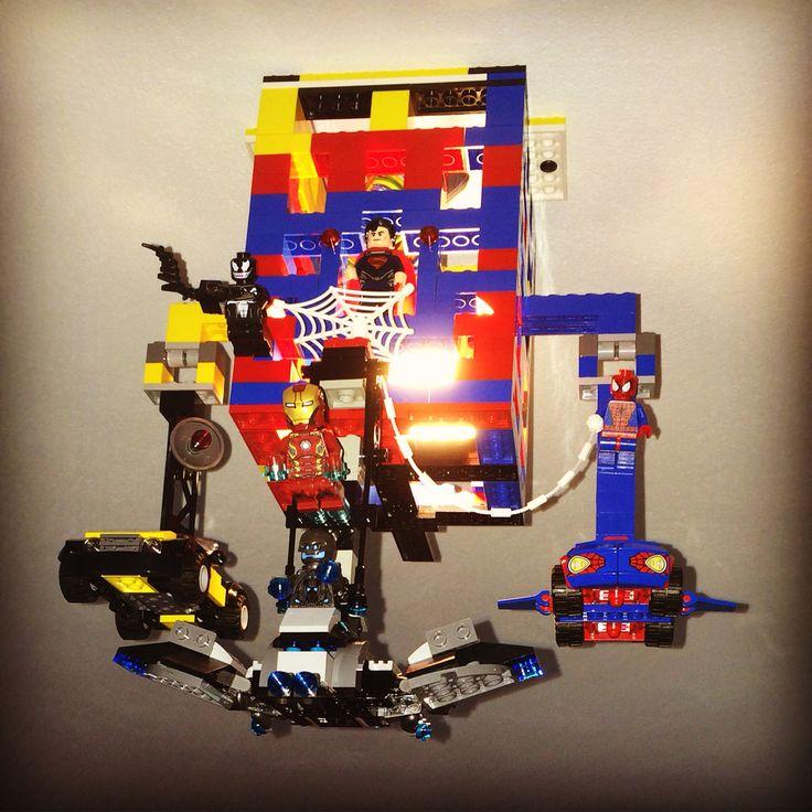 La lampe du p'tit by REN #Deco #Décoration #Design #Lego #REN #Chamoille #Marvel #DcComics #Superman #Spiderman #Ironman #Lampe #Light #Kids #Avengers