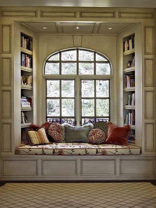 Window seat flanked by bookshelves - this could happen in my family room! #dreaming