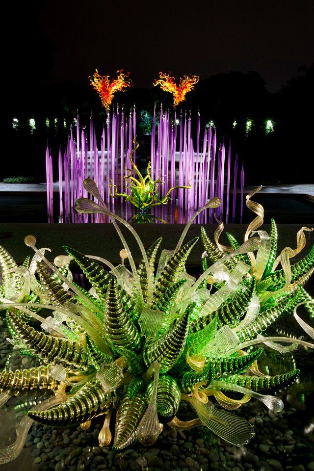 Chihuly sculpture @ DAB
