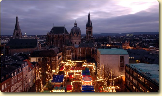 Christmas Market, Town Hall and Cathedral - Aachen, Germany