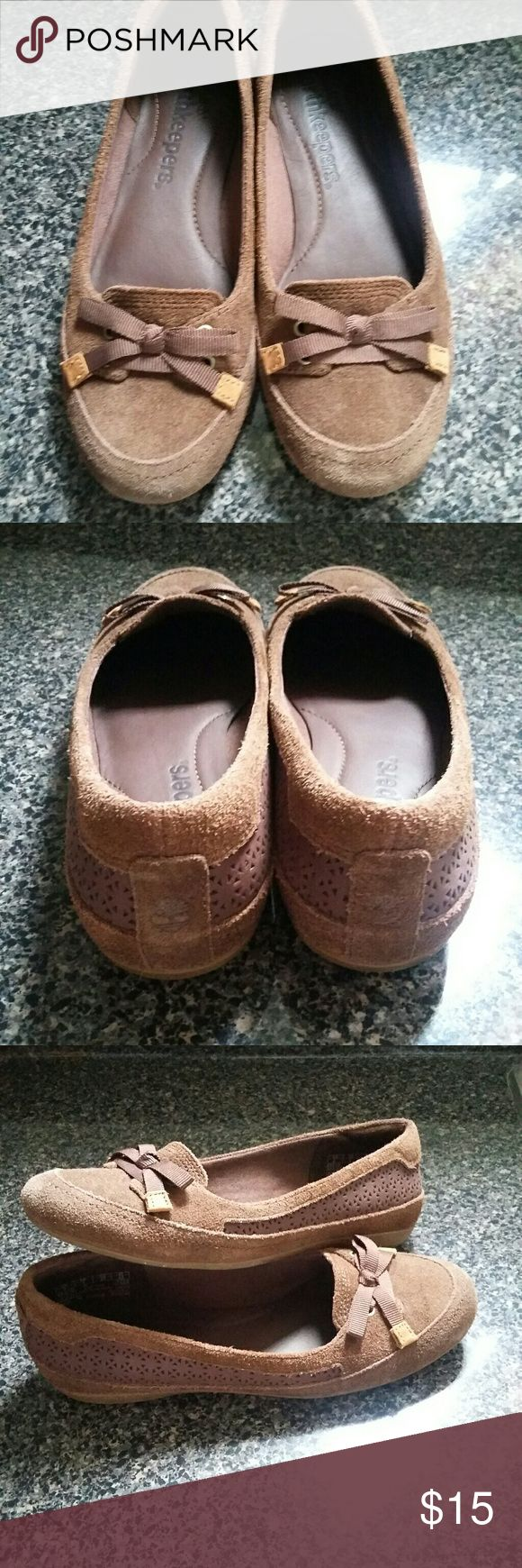 Timberland Earth keepers Brown flats shoes. Super cute! Size 6 in great condition Timberland Shoes Flats & Loafers