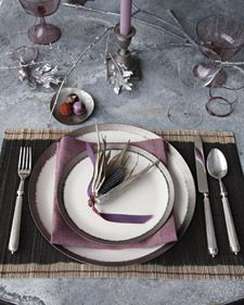 Shimmery corn table ornaments add some sparkle to your Thanksgiving table.