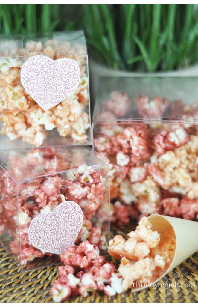 what a cute idea: Popcorn Favors, Colored Popcorn, Blue Popcorn, Flavored Popcorn, Colors Popcorn, Pink Popcorn Recipes, Popcorn Gifts, Popcorn Treats, Microwave Popcorn