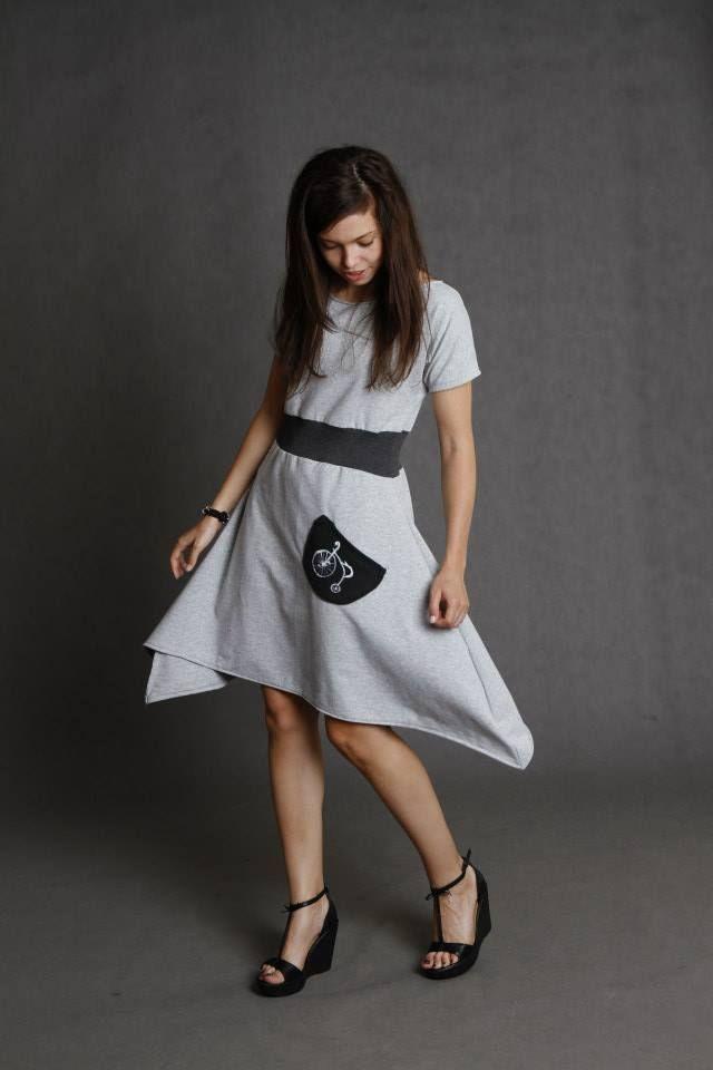 sukienka ręcznie malowana grey bike