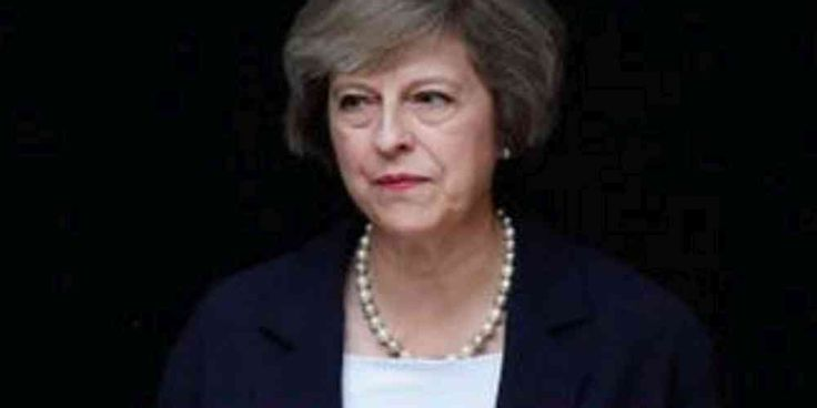 """Top News: """"UK POLITICS: Political News in Brief: UK Top Stories"""" - http://politicoscope.com/wp-content/uploads/2016/12/UK-POLITICS-Bestseller-Book-Theresa-May-The-Path-to-Power-By-Rosa-Prince.jpg - British Prime Minister Theresa May dodged a reporter's question on Wednesday about whether she would resign if she lost seats in a June 8 election.  on Politics - http://politicoscope.com/2017/05/31/uk-politics-political-news-in-brief-uk-top-stories/."""