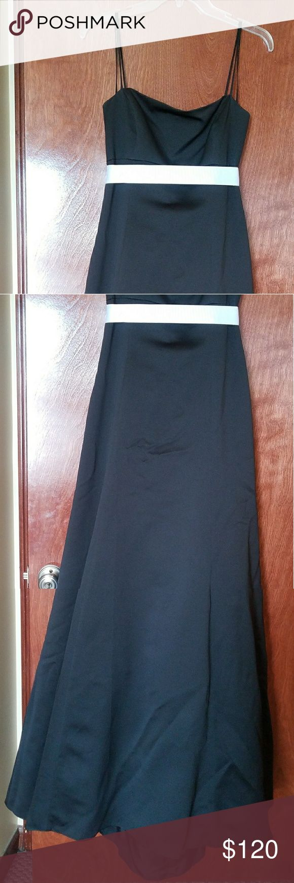 Vera Wang Formal Gown sz 8 Beautiful, elegant & classic authentic Vera Wang soft black formal gown w/ white sash sz 8. Perfect for a black tie event or prom. Only worn once, excellent condition, has been in storage, clean, smoke free home.  FYI: this app made me crop the photos, I can send additional pics if you'd like, please inquire.  Make an offer!  Accepts PayPal, Venmo & Popmoney. Vera Wang Dresses