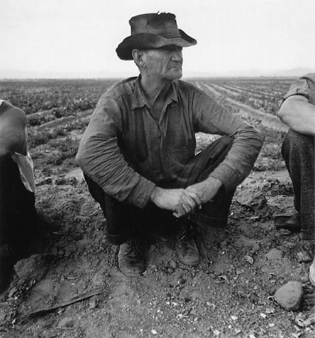 Dorothea Lange - Jobless on Edge of Pea Field, Imperial Valley, California 1937