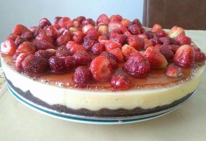 Epres-pudingos nyári torta