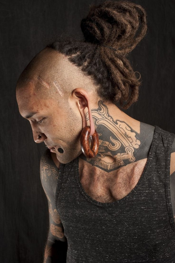 Dreadlocks Hairstyles For Black Men likewise Hair further Afro Dreads Freeform Locs in addition Best Undercut Hairstyles For Men likewise Watch. on men short dread style