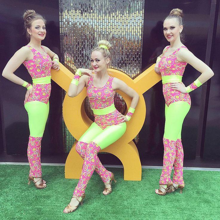 SAPPHIRE Dance Show spb - шоу-балет САПФИР - Спб Шоу балет САПФИР 💎☎ 8-(981)-185-07-43 , 8-(950)-009-62-65