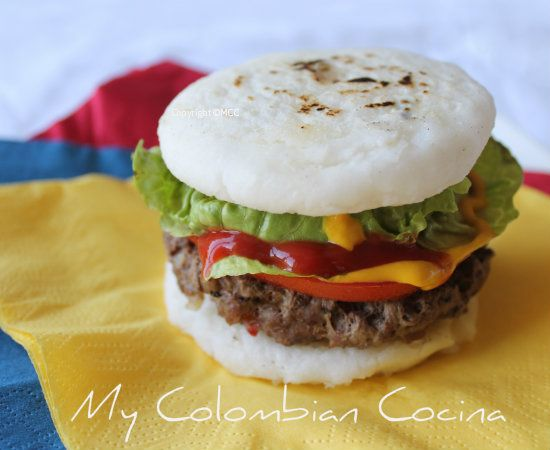 Hamburguesa con Arepa- Hamburger with Corn Cakes
