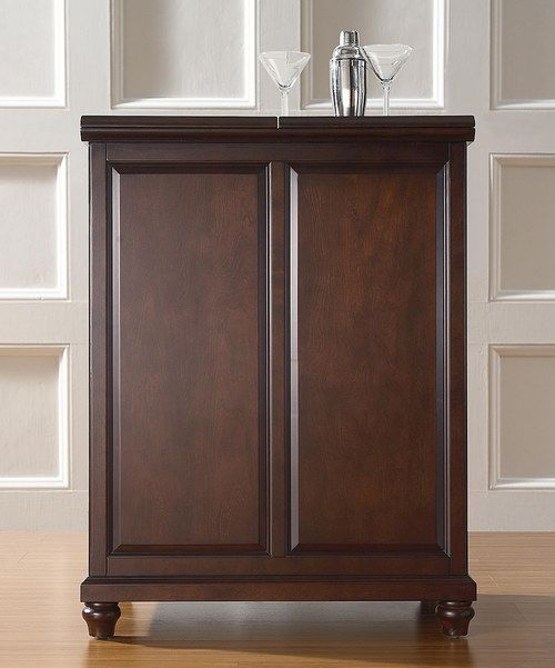 https://i.pinimg.com/736x/17/c7/73/17c773c505e2c0dda5e0b63657743599--home-bar-cabinet-liquor-cabinet.jpg