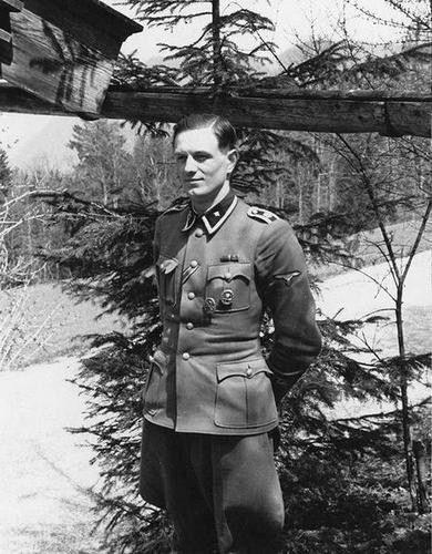 SS-Oberscharführer Rochus Misch (29 July 1917 - 5 September 2013) - The last survivor from the Führerbunker