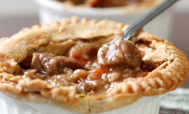 Recipe: Kangaroo Burgundy Pie | Gram Magazine