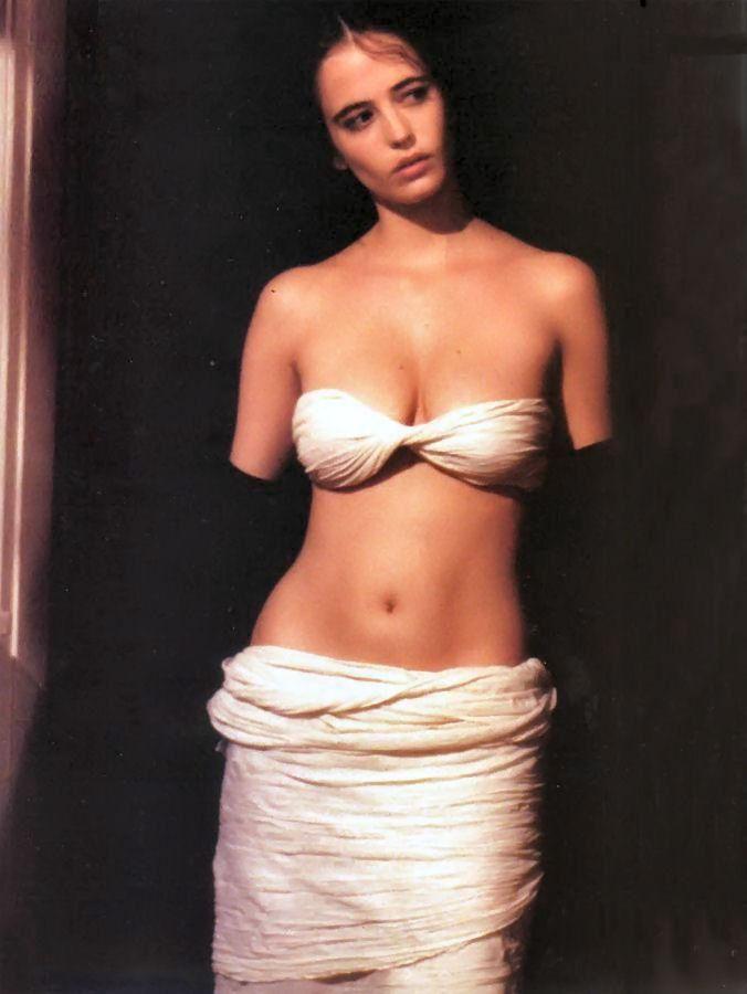 Eva Green Nak 98