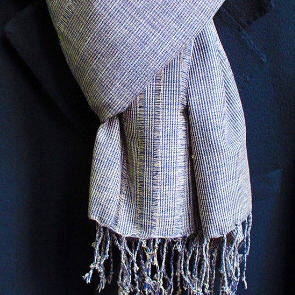 Pure sophistication. We love a well styled man and thats why we offer these gorgeous handwoven scarfs. #ES